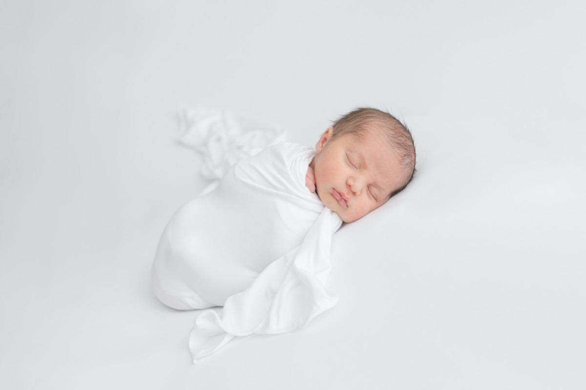 albuquerque newborn photographer, rio rancho newborn photographer, santa fe newborn photographer,